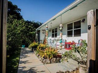 2/2, Davie/Ft. Lauderdale 'Quiet/ Pool' Garden Home - ESCAPE THE COLD NOW!