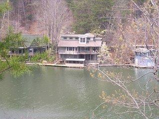 ~A~ Little Bit of Heaven on Lake Lanier - Convenient to TIEC