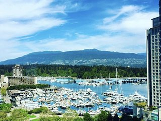 Luxury Coal Harbour 2 bed 2 bath w/ Stunning Views