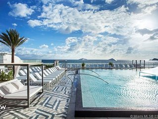 Luxe Oceanfront Condo at The W Residences; 2BR/2BA; Infinity Pool; Full Kitchen