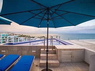 Oceanfront Penthouse - Incredible Rooftop Terrace with Shaded Area And Kitchen