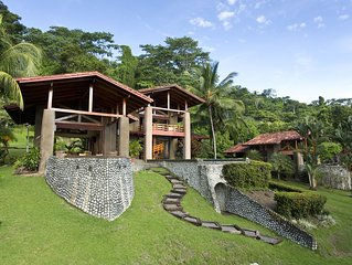 Beautiful Villa with Pool on Backwash Bay