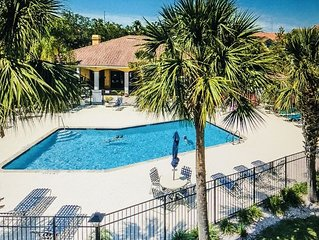 $60/NIGHT STAY 30 DAYS MAY-JUNE BEAUTIFUL CONDO 5 MIN FROM BEACH!