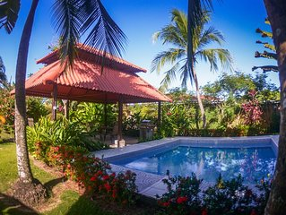 XMAS & NEWY DISCOUNT OF 10%! Tropical Paradise in Family Jaco Neighborhood