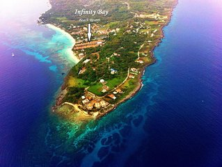 YOUR ROATAN PARADISE IS HERE! 1388 sf
