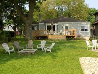 Lovely 3 bedroom 2 bath Waterfront Ranch on Long Lake