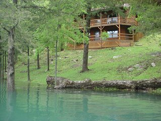 Lake Shore Cabin on Beaver Lake in Eureka Springs Ar with Dock