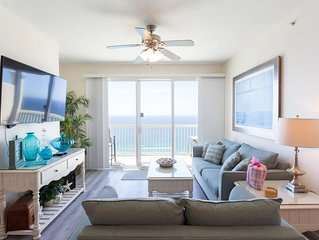 Luxurious Beachfront Penthouse, King Beds, Sleeps 8
