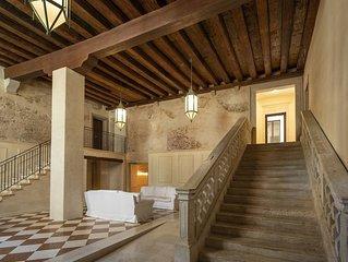 Palazzo Vendramin-Costa  Artist Studio-Loft