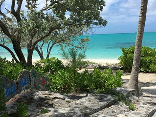 Paradise! NEW Private BEACHFRONT Home *PRIVATE Pool*Great Wifi* BEST Location