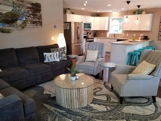 Charming Chincoteague getaway, short walk to the fair grounds and pony penning