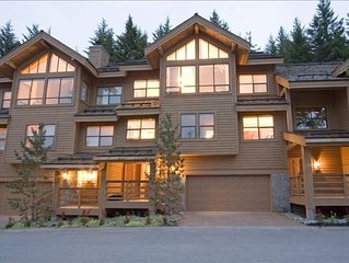 Best Mountain View, 5-Star Luxury  Whistler Village 5BR Ski-in