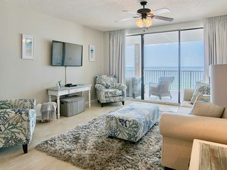 *New Rental* Gorgeous updated beachfront condo in OBA! Outdoor living area!