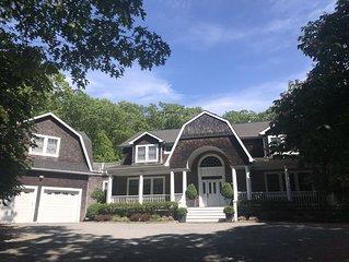 Luxury & Privacy In Bridgehampton, 3 Acres, 5,500 sq ft