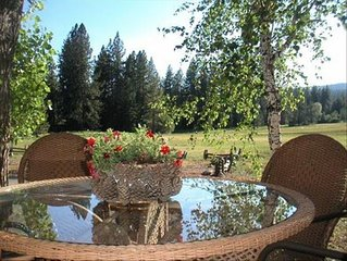 Tahoe City Meadowfront Townhouse ~ Family Getaway!