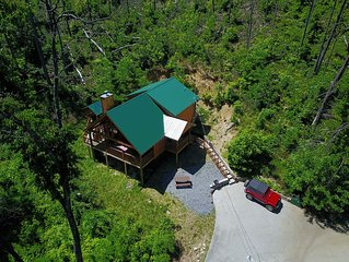 Aspen Holler-Beautiful Mountain Cabin with wood burning FP (no extra mgmt fees)