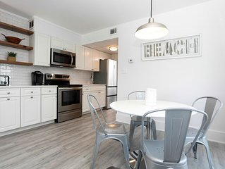 Newly renovated Beach Block Condo