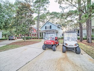 Newly remodeled Spacious 4 BR/3.5 Bath Cottage, Golf Cart, Pool, & WIFI included