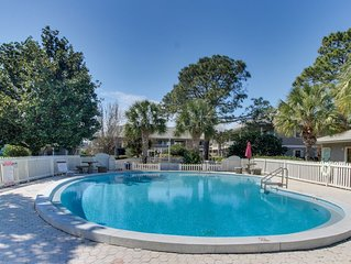 30A condo w/ private patio & community pools/tennis - walk to the beach!