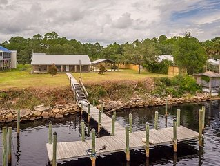 Paradise On The River is exactly what this home is!!  Very nice clean 3 bedroom,