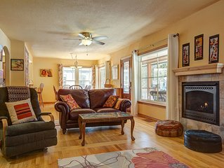 Newly remodeled home w/ fireplace & enclosed yard - walk to lake/downtown!