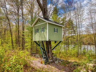 Waterfront home w/ screened-in porch, bonus treehouse/guesthouse, dock – dogs OK