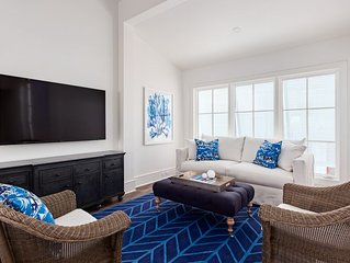 1bd/1ba by Cabana Pool, Separate Bedroom, 2 Bikes, 2 Beach Chairs & Umbrella