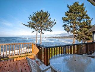 Beachfront house with sprawling ocean views near Tillamook Head!