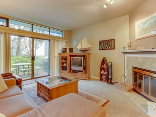 NEW LISTING!An Adventure awaits you at this Birch Bay condo/Walk to the beach!