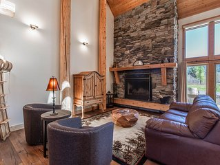 Idaho Club home w/ a private hot tub, furnished patio, & fairway views