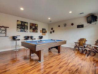 Lake view home w/ game room, outdoor firepit & gas grill - 2 dogs OK!