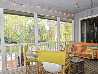 'Grayt Escape' - Cozy 2 Bedroom in Grayton Beach - 4 Free Bikes with Rental - Sl