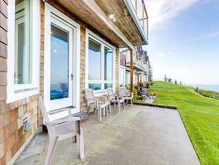 Oceanfront house in gated community with sea views- no children