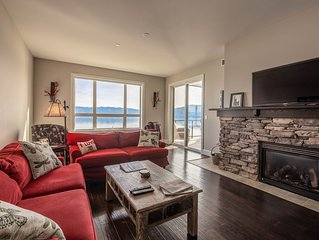 Seasons lakefront condo w/ covered patio, lake view & shared hot tub/pool!