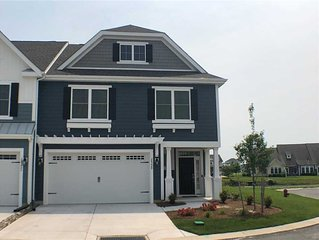 New end unit townhome in the Peninsula