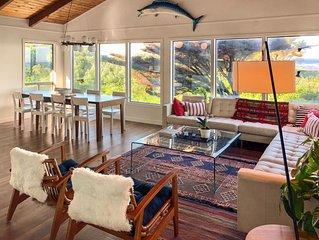 Oceanfront Modern Manzanita Lodge