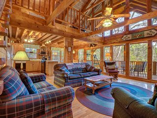 Beautiful custom cabin on private lake w/ foosball, hot tub, & fireplace