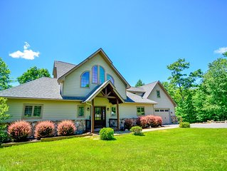Lake access home just minutes from Wisp Resort, includes hot tub & fireplaces!