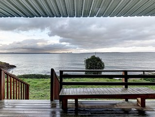 Family-friendly, waterfront home w/ full kitchen, furnished deck