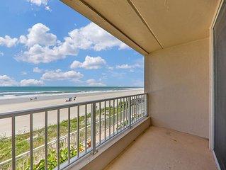 Oceanfront condo w/views, entertainment & shared pool -beach access
