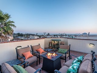 Monarch Villa - Luxury Condo, Ocean View, Rooftop Living with fire table/BBQ