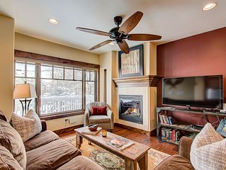 Beautifully Finished Home with Bunk Room & Private Hot Tub - Close to Lifts and