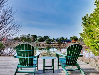 Dog-friendly house w/ private hot tub - spacious, on the river!