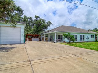NEW LISTING! Cozy Coastal home w/covered porch and boat parking - dogs ok!