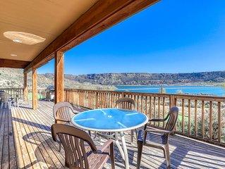 Dog friendly villa w/wonderful views of Banks Lake & private BBQ!
