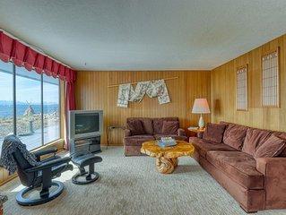 Family-friendly waterfront home w/ beach access & views