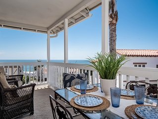 Beautiful ocean view cottage just a few blocks from the Beach!
