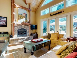 Mountain cabin w/ a gas fireplace plus access to the rec center