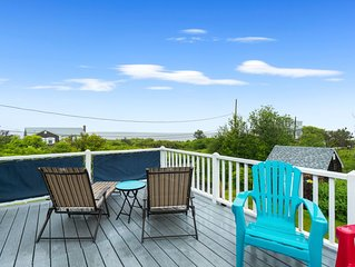 Ocean view home w/ furnished decks, a full kitchen, & golf nearby! Dogs welcome!