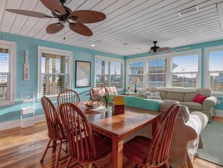 Bright & beachy, family friendly home w/ deck & gourmet kitchen - 1 dog OK!